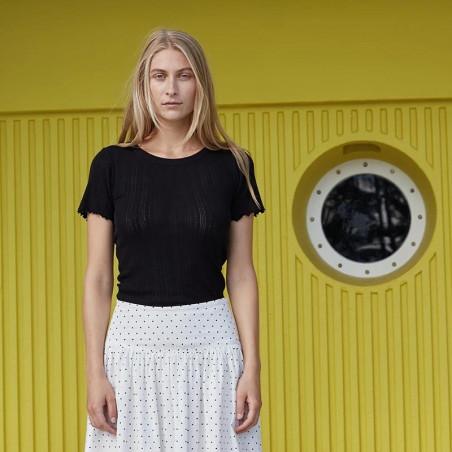 Mads Nørgaard T-shirt, Pointella Trixa, Black, økologisk bomuld, økologisk t-shirt, basic t-shirt, babylock - lang fra