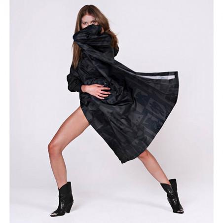 Rainkiss Regnjakke, Back To Black, Black Art Camo, Back to Black Art Camo - Rain Poncho, regnponcho - detalje