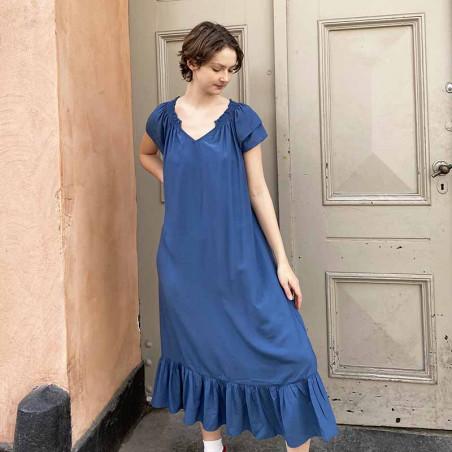 Co'Couture Kjole, Sunrise Dress, Sky Blue, sommerkjole, festkjole, hverdagskjole på model