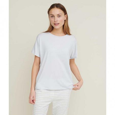 Basic Apparel T-shirt, Joline, Arctic Ice på model