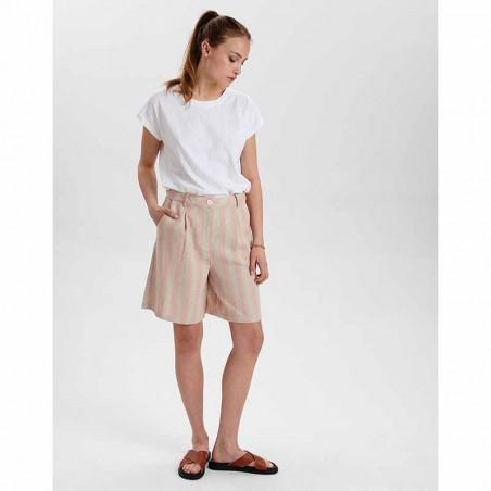 Nümph Shorts, Nucatelyn, Brazillian Sand, lange shorts, hør shorts - model front