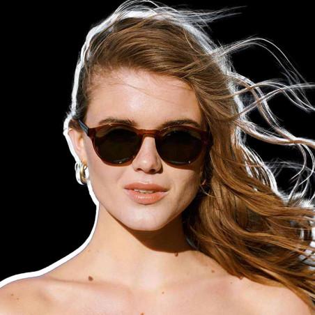 A Kjærbede Solbriller, Marvin, Brown Transparent Solbriller til kvinder