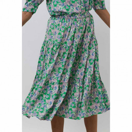 Lollys Laundry Nederdel, Morning, Green Flower Print på model bagfra