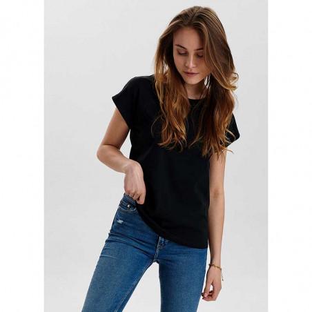 Nümph T-Shirt, Nubeverly T-Shirt, Caviar Numph top i sort på model