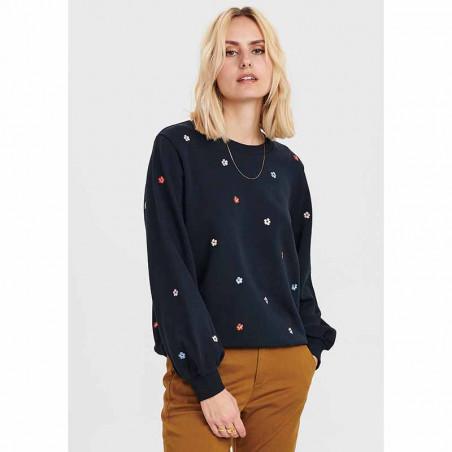 Nümph Sweat, Nubrittany Sweat, Dark Sapphire numph sweatshirt - på model