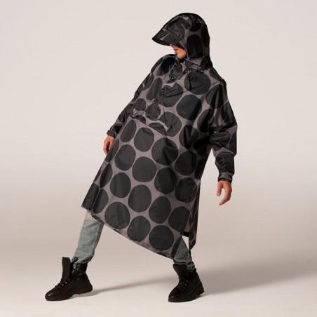 Rainkiss Regnjakke, Black Polka Poncho, Black Polka, regntøj, regnjakke, regnponcho