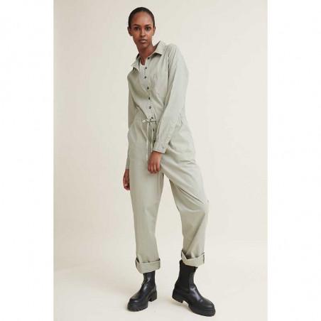 Basic Apparel Buksedragt, Vilde, Dried Sage jumpsuit på model