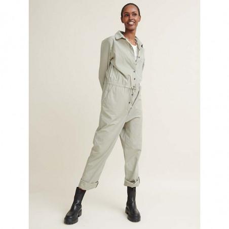Basic Apparel Buksedragt, Vilde, Dried Sage jumpsuit lys khaki på model