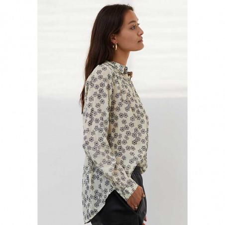 Lollys Laundry Skjorte, Lari, Creme lolly's laundry bluse skjortebluse på model set fra siden