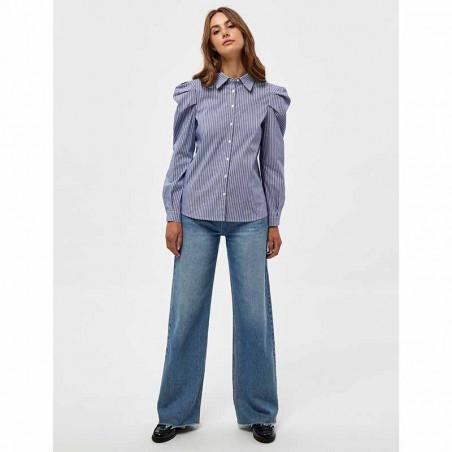 Minus Skjorte, Elayna Striped Long Sleeve, Blue Zen Stripes Minus Bluse på model look