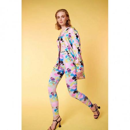 Hunkøn Leggings, Caya Yoga legging, Candy Clouds Art Print på model med skjorte