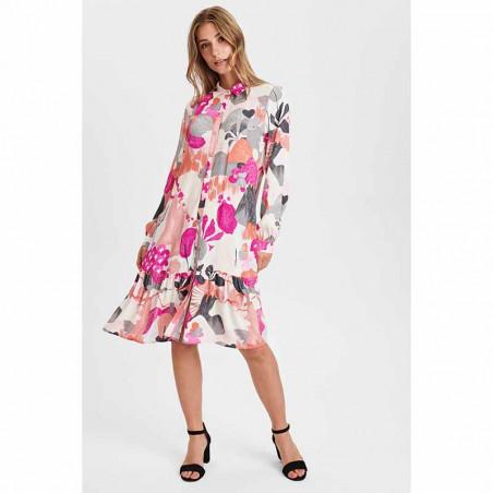 Nümph Kjole, Nucicely Dress, Rose Violet Numph kjole skjortekjole på model