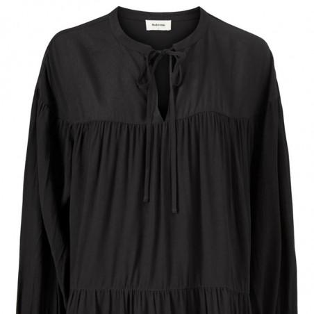 Modström Kjole, Menna Dress, Black Modstrøm kjole detalje