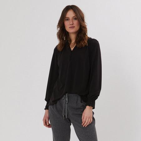 PBO Bluse, Luhan, Black, skjorte, skjortebluse, sort, v-udskæring, model