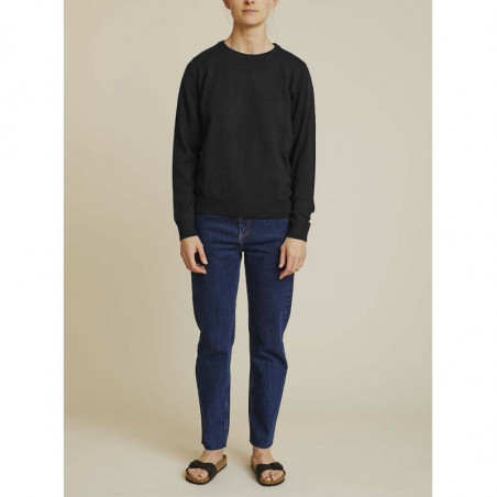 Basic Apparel Strik, Vera, Black, sweater, sweatshirt, loungewear, model