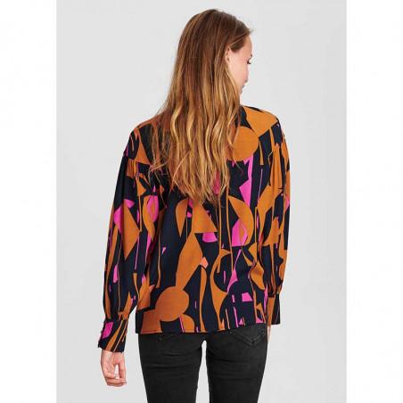Nümph Skjorte, Nucynara Shirt, Dark Sapphire, Bagside på model