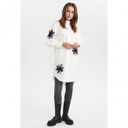 Nümph Skjorte, Nubelinde Shirt, Cloud Dancer, Model look