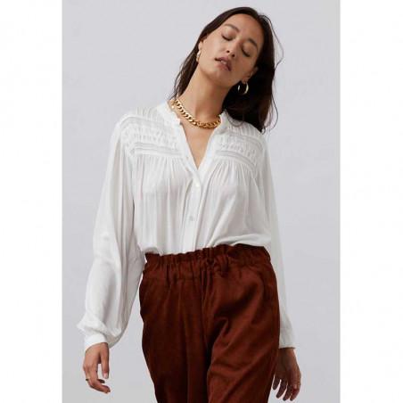 Lollys Laundry Skjorte, Cara, Creme, Shirt, Bluse, Hvid, Flæser, Knapper, Model