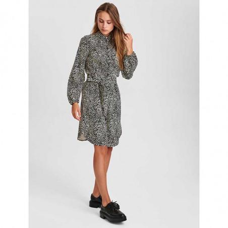 Nümph Kjole, Nujessica dress, Caviar, Model Look
